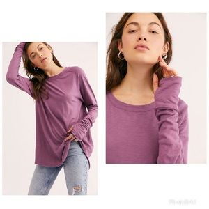 """💥FREE PEOPLE """"WE THE FREE"""" ARDEN PLUM TEE💥"""